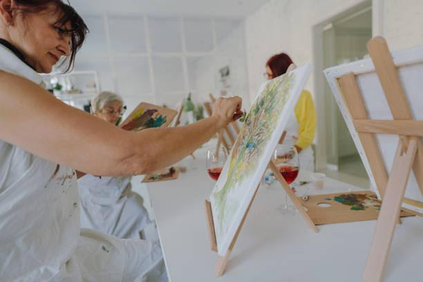 Should you bring your kids to a Gold Coast paint and sip party?